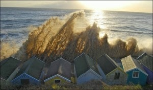 southwold-beach-huts-storm-Nov-9-2007